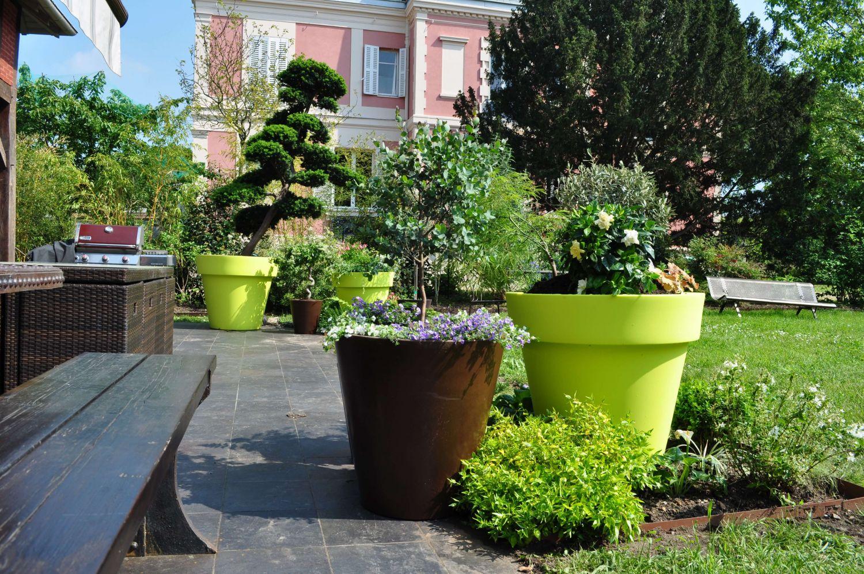 Jardin moderne for Terrasse de jardin moderne